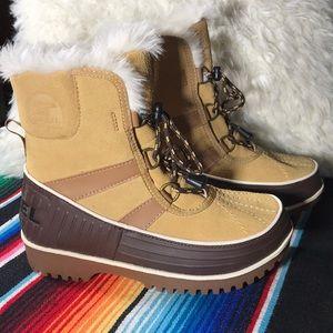 Sorel Tivoli boots - NWT